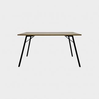 Table basic 1400x800